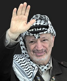 Arafat saluda 3